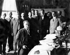 President William H. Taft signing the New Mexico Enabling Act, 1910