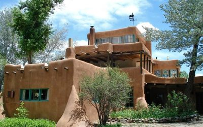 School for Advanced Research Field Trip Explores Mabel Dodge Luhan, D. H. Lawrence, and the Earthships of Northern New Mexico