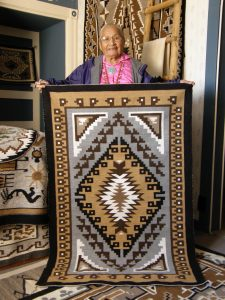 Weaver Evelyn George, courtesy of Toadlena Trading Post